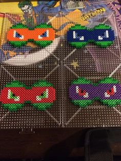 TMNT Bows perler beads by SpikesSpecialtys on deviantART. This would make a cool afghan