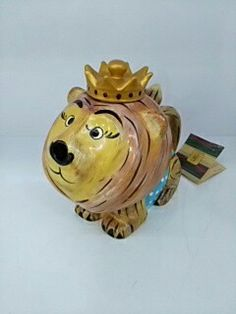 Aslan figürlü porselen demlik
