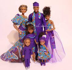 "Sandrine on Instagram: ""...FAM💐 #africanfashion #africanprint #africanprintsinfashion #africanprints #africanankarastyles #africanankaraprint #aabarbie…"" African Dolls, African American Dolls, Beautiful Barbie Dolls, Vintage Barbie Dolls, Barbie Happy Family, African Fashion Ankara, Barbie Princess, Black Barbie, Barbie Collection"