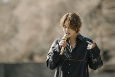 Kim Joong Hyun, Bradley Mountain, Raincoat, Handsome, My Favorite Things, Twitter, Star, Medium, Link