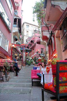 Beyoglu Street. Istanbul, TURKEY (intrepid2012, via Flickr)
