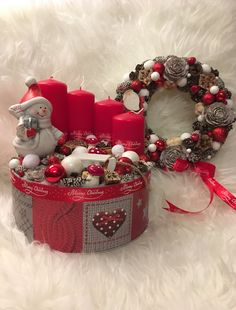 Advent box / Adventi asztali dísz + kopogtató Christmas Advent Wreath, Christmas Flowers, Christmas Time, Homemade Christmas Decorations, Christmas Centerpieces, Xmas Decorations, Diy Crafts For Gifts, Christmas Crafts, Advent Box
