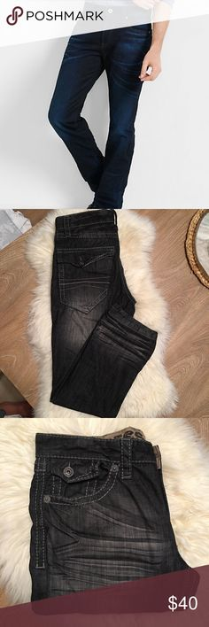 Express Rocco slim fit jeans Express Rocco slim fit, low rise, straight leg denim with button back pockets. distressed details at leg openings and pockets. Size W32L30 color Black Jeans Slim Straight
