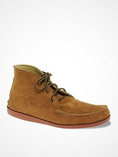 2012.06.15. Great chukka boots by Quoddy. Featuring suede leather uppers, a round toe with moccasin stitching, a lace up closure with contrast laces, a raised heel seam and a rubber sole.