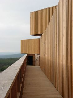 Kielder Observatory by Charles Barclay Architects balustrade Timber Architecture, Minimalist Architecture, Architecture Details, Larch Cladding, Small Buildings, Forest Park, House Styles, Hadrian's Wall, Douglas Fir