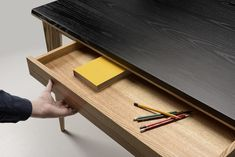 With the OLLLY designed by Pavel Vetrov for Zegen, everything you need to comfortably work and maintain a clean workspace is built right into the sleek, multi-functional desk. Diy Furniture, Furniture Design, Paris Design, Yanko Design, Modern Desk, Small Office, Writing Desk, Minimalist Design, Wood Projects