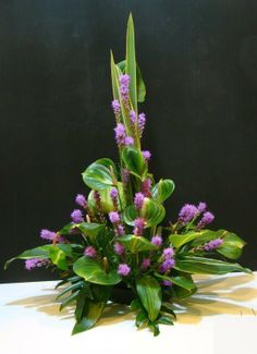 Floral decoration for a buffet. It was created by Ariant.