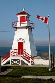 Fort Amherst Light House . St. John's Newfoundland
