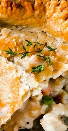 This double crust chicken pot pie is perfect when you're looking for comfort food and don't have all the time and energy in the world to whip it up! Best Chicken Recipes, Turkey Recipes, Meat Recipes, Cooking Recipes, Delicious Recipes, Dinner Recipes, Tasty, Popular Recipes, Popular Food