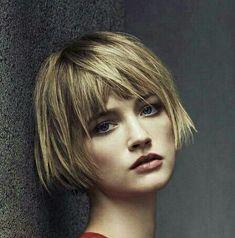 The Short Pixie Cut - 58 Great Haircuts You'll See for 2019 - Hairstyles Trends Short Bob Hairstyles, Hairstyles With Bangs, Shortish Hair, Medium Hair Styles, Short Hair Styles, Great Haircuts, Good Hair Day, Looks Style, Hair Today