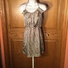 NWOT halter dress. Everly / NORDSTROM Really pretty dress that was never worn.  Everly Dresses Mini
