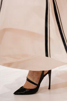 Christian Dior Spring 2013 Couture Fashion Show Details