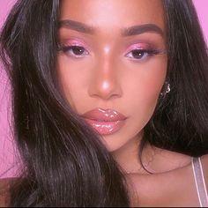 21 Stunning Makeup Looks for Green Eyes Makeup Looks For Green Eyes, Pretty Makeup Looks, Cute Makeup, Glam Makeup, Skin Makeup, Makeup Inspo, Makeup Inspiration, Beauty Makeup, Hair Beauty