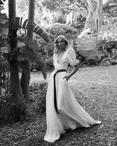 "& FOR LOVE on Instagram: ""✨AULDYN✨ with a #bottegaveneta belt takes it to the next level // #BRIDALBUTMAKEITFASHION #andforlove #coolbride #AFLAuldyn"""
