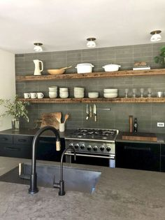 Kitchen Remodel Ideas - Browse our kitchen renovation gallery with traditional to modern to beachy kitchen design inspiration. Earthy Kitchen, Classic Kitchen, Rustic Kitchen, New Kitchen, Kitchen Decor, Kitchen Ideas, Kitchen Lamps, Kitchen Trends, Kitchen Backsplash