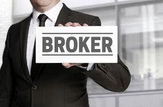 broker binary yang aman