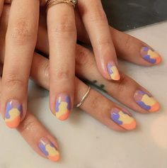 5 Nail Trends To Try If You're Already Tired Of White Polish 5 Nagelfarbtrends im Sommer die alles andere als weiß sind Minimalist Nails, Nail Swag, Stylish Nails, Trendy Nails, Funky Nails, My Nails, Funky Nail Art, Nagellack Trends, Manicure E Pedicure