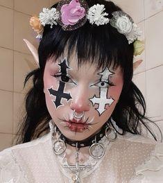 Edgy Makeup, Drag Makeup, Clown Makeup, Sfx Makeup, Makeup Inspo, Makeup Art, Halloween Makeup, Makeup Inspiration, Punk Makeup