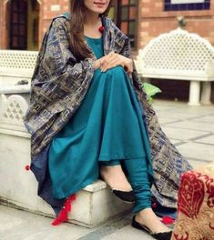 Get the latest trends ruling the charts in India. With the most fashionable range of apparels, accessories, and more, Limeroad will be your favourite of all online shopping sites. Kurta Designs, Indian Attire, Indian Wear, Pakistani Outfits, Indian Outfits, Simple Dresses, Casual Dresses, Lehenga Choli, Anarkali