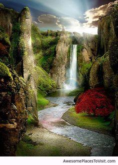 Shangri-La-River.jpg 413×580 pixel