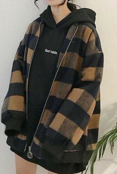plaid coat plaid jacket winter vogue vogue – Source by lilydawsson – - korean fashion Edgy Outfits, Mode Outfits, Retro Outfits, Cute Casual Outfits, Fall Outfits, Fashion Outfits, Fashion Fashion, Winter Fashion, Fashion Ideas