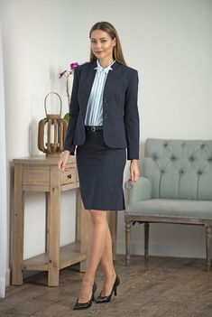Forever in Style - Beauty and Fashion through the centuries — onlyatmosphere: atmospherefashion. Office Dresses, Office Outfits, Mode Outfits, Dress Shirts For Women, Suits For Women, Clothes For Women, Office Fashion Women, Work Fashion, Secretary Outfits