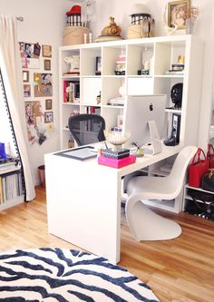 I really like this set-up. Functional & organized.