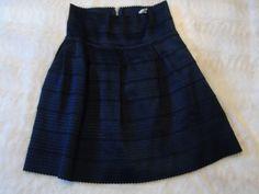 Jupe taille haute bleu marine - vinted.fr Bleu Marine, Skirts, Style, Fashion, Womens Fashion, Fashion Ideas, Swag, Moda, Skirt