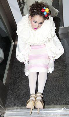 Colección SWEET SUGAR otoño/invierno 2012/13 modelo maniquí en ascensor planta baja