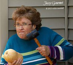 The Easy Way to Peel Butternut Squash | Jazzy Gourmet #ButternutSquash #Peel
