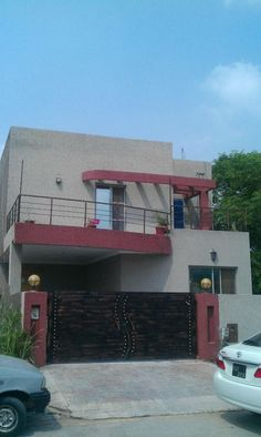 Bedrooms:6 Bathrooms:6 Furnished:No 12.75 marla corner double story house available for sale in bahria town ph 4 URGENT it has 6 bed rooms attched tilled bath rooms V.GOOD LOCTION 03455043324