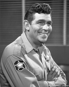 The Andy Griffith Show Rerun Watchers Club is your one stop location for anything to do with The Andy Griffith Show, Mayberry,NC, and the cast and crew of TAGS. Barney Fife, Don Knotts, Tv Icon, The Andy Griffith Show, Childhood Tv Shows, Good Old Times, Great Tv Shows, Thin Blue Lines, Old Tv