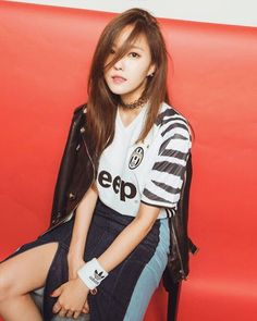T-ara HyoMin greets fans with her gorgeous picture ~ T-ara World ~ 티아라 Park Jiyeon, Selfies, T Ara Hyomin, Idol 4, Football Fashion, Asia Girl, Soyeon, Korean Model, Kpop Girls
