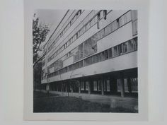 https://rosswolfe.files.wordpress.com/2015/07/dedoyard-c-exterior-view-of-the-peoples-commissariat-for-finance-narkomfin-apartment-building-25-novinskii-boulevard-moscow-september-1932.jpg