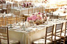 "Mesas con encanto, visto en ""Chic & Decó"" http://www.chicanddeco.com por @Rochinadecor"