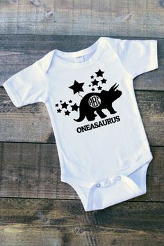 Dinosaurs Baby Clothes/Baby Gift/Baby Shower Gift/ Boy Bodysuit/Baby Outfit/Baby Bodysuit
