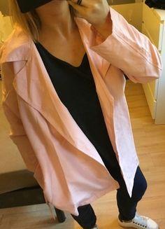 A vendre sur #vintedfrance ! http://www.vinted.fr/mode-femmes/parkas/18053532-trench-coat-rose-poudre-neuf