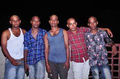 Best dostan in pomal. Best friends in pomal. Best Friends, Button Down Shirt, Men Casual, Stars, Mens Tops, Fashion, Beat Friends, Moda, Bestfriends