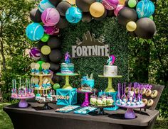 Fortnite / Birthday Aaden Avery Battle Royale Catch My Party 13th Birthday Parties, 10th Birthday, Birthday Party Decorations, Birthday Ideas, Festa Party, Party Time, Creations, Teenage Boy Party, Boys Party Ideas