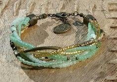 Sieh dir dieses Produkt an in meinem Etsy-Shop https://www.etsy.com/de/listing/269433913/tohoperlen-armband-in-goldjademintfarben