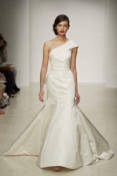 Mermaid-Hochzeitskleid: One Shoulder