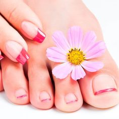 Red French Manicure And Pedicure Designs ❤ Learn How To Do Manicure And Pedicure In No Time ❤ See more ideas on our blog!! #naildesignsjournal #nails #nailart #naildesigns #toes #toenails #manicureandpedicure #pedicure Flower Toe Nails, Gel Toe Nails, Acrylic Toe Nails, Pink Toe Nails, Simple Toe Nails, Shellac Manicure, Cute Toe Nails, Cute Nail Art, Easy Nail Art