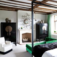 Bedroom with beams and modern furniture | Modern bedroom design ideas | Bedroom | PHOTO GALLERY | Housetohome.co.uk