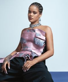 Rihanna Strikes a Pose for 'Vogue Australia' - See the Pics!: Photo Rihanna is on the cover of Vogue Australia, out on April Australia's first female Prime Minister, the Hon. Julia Gillard, also spoke about working with Rihanna… Style Rihanna, Mode Rihanna, Rihanna News, Rihanna Outfits, Rihanna Riri, Beyonce, Rihanna Vogue, Rihanna Photoshoot, Rihanna Cover