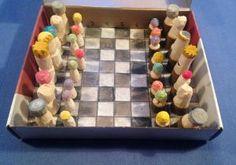 Ting å lage: Sjakkbrikker spikka i tre Advent Calenders