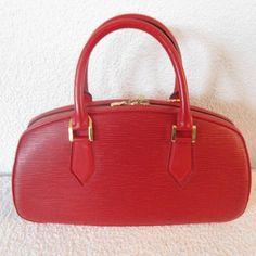 Tip: Louis Vuitton Handbag (Red)