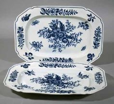A Pair of  First Period Worcester Underglaze Blue Porcelain Pine Cone Pattern Dishes, Circa 1770.