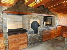PERGOLAS Y QUINCHOS Outdoor Grill Area, Outdoor Barbeque, Outdoor Kitchen Patio, Outdoor Oven, Outdoor Kitchen Design, Backyard Patio, Bbq Shed, Built In Braai, Dirty Kitchen