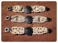 Pulseras de crochet con flor  https://www.facebook.com/photo.php?fbid=464975480256832=a.444837302270650.1073741826.424692100951837=3