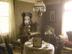 .Gorgeous old photo of Victorian room